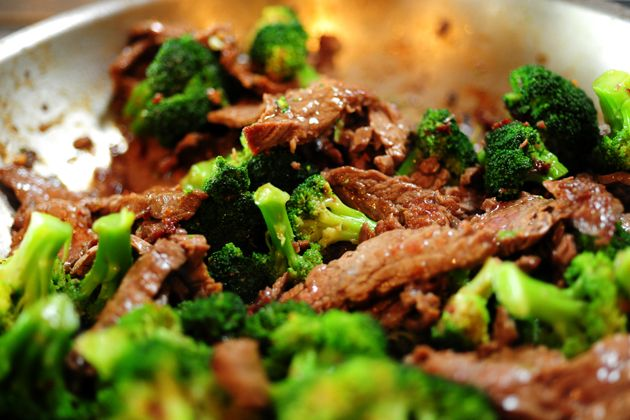 Stir-fried beef and brocolli