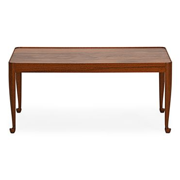 Coffee Table 2073 Pyramid Mahogany.