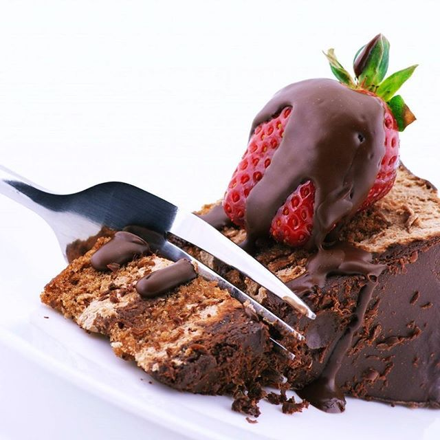 Choose your own cake design and Free Quotes...  Online Cake Delivery in Ghaziabad @ http://www.cakengift.in/by-city/cake-delivery-in-ghaziabad-336.html Cake Delivery in Karkardooma @ http://www.cakengift.in/by-city/cake-delivery-in-delhi-333/karkardooma.html Cake Delivery in Karol Bagh @ http://www.cakengift.in/by-city/cake-delivery-in-delhi-333/karol-bagh.html Cake Delivery in Kaushambi @ http://www.cakengift.in/by-city/cake-delivery-in-delhi-333/kaushambi.html Cake Delivery in Defence Co