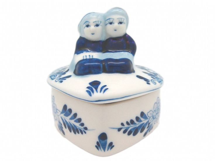 Blue and White Ring Box with Kissing Couple