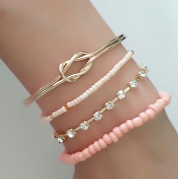 Ensemble de 4 bracelets tendance 2017