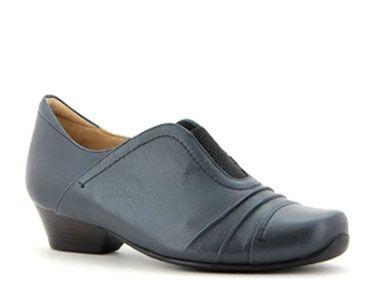 Cabana Women's Shoe - Slip on