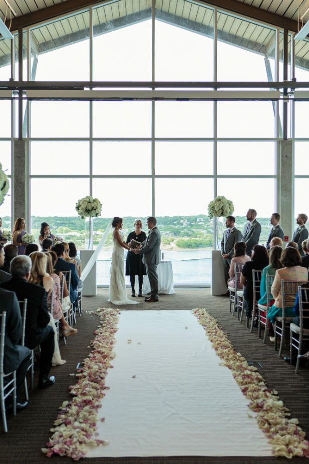Romantic Wedding at Lakeway Resort and Spa, TX (Photo by Photohouse Films)