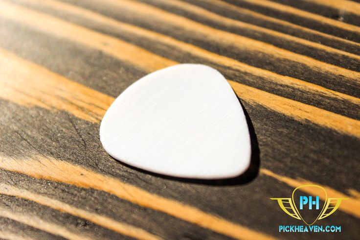 A superior pick with a hand finished, slip resistant texture, which bonds with your fingertips to give you unrivalled control and precision. Pliable and ergonomic, this 1mm Teflon pick will have an influence on your playing style yet maintains its shape due to the strength in its construction. This is an incredibly comfortable pick that suits all genres, reliably producing wonderfully warm tones and serious volume.