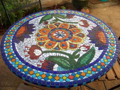 Mosaic Table | mosaic table by louisekluyts poppins mosaics says love this table ...