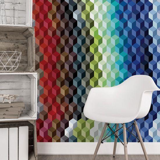 Πολύχρωμη εσωτερική διακόσμηση και η μοντέρνα τάση του κυβισμού συνδυασμένα σε μια ταπετσαρία τοίχου! #3d #wallpaper #modernwallpaper #3dμοτίβο #πολύχρωμηταπετσαρίατοίχου #colourfullwallpaper