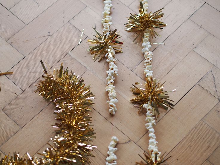 Making Monday Diy Sparkly Popcorn Christmas Tree Garland Http Themakinghome Blog 2017 12 2 Make Your Own