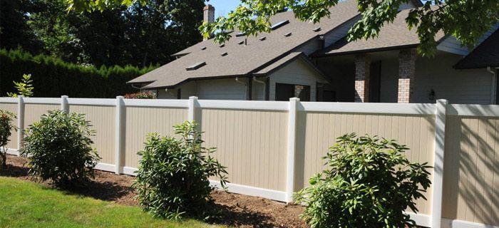 Die besten 25+ Zaunmaterial Ideen auf Pinterest Haus zaun design - sichtschutzzaun aus kunststoff gute alternative holzzaun