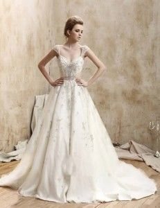 The 25  best Old fashioned wedding dresses ideas on Pinterest ...