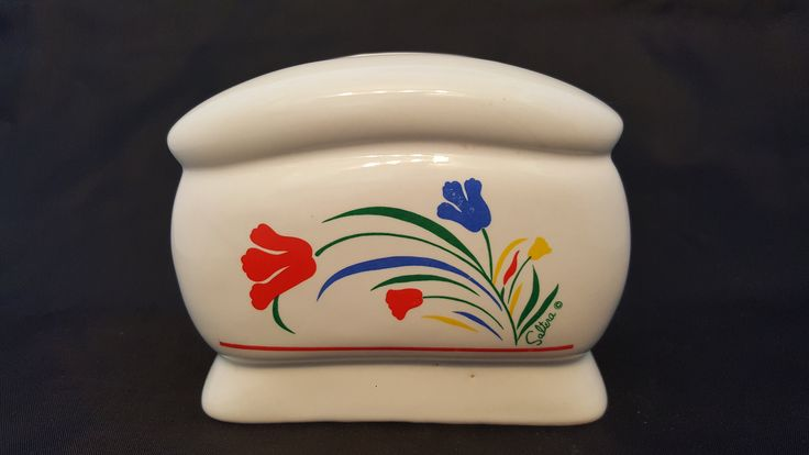 Saltera Ceramic Napkin Holder in the Tulip Pattern. Tulip Pottery. Floral Napkin Holder. Vintage Napkin Holder. White Ceramic Pottery