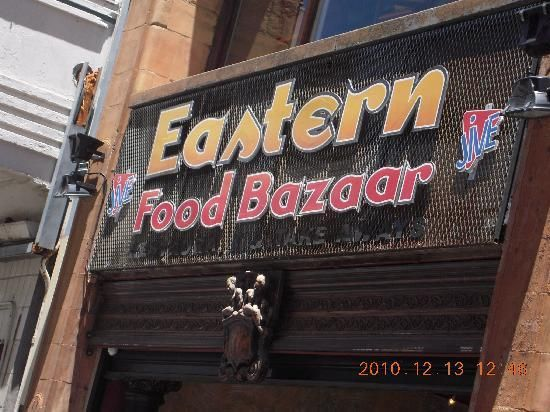 Eastern Food Bazaar for lekker cheap Indian dishes 96 Longmarket Street, Cape Town Central+27 (0)21 461-2458 Opening hours: Open daily from 11h00 to 21h30. used to be the Wellington Fruit Growers marktet - cheap good quaity food in City Bowl