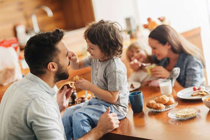 Educated parents spend more time with kids #educatedParents #kids #educatedpatensspendmoretime https://goo.gl/GtGr3i