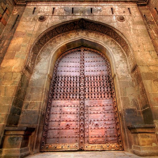 Shaniwar Wada - Famous Fort In Pune - India
