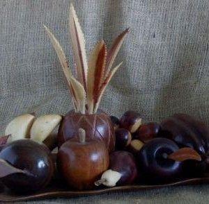 Bandeja de Frutas en Maderas Finas, elaborada por la Familia Aranguren