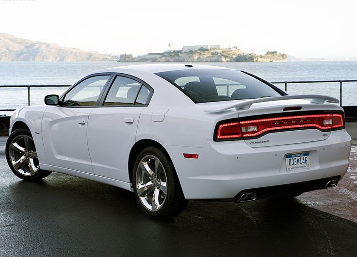 2012 dodge charger but in black or silversteel - White Dodge Charger