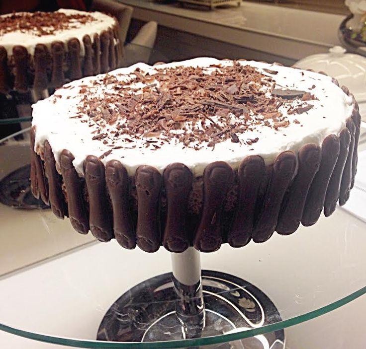 Torta Mousse de Chocolate, uma torta deliciosa que vai encantar seus convidados.