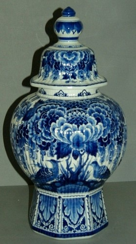 27 Best Images About Delft Glass On Pinterest Oil Lamps Windmills And Blue Candles