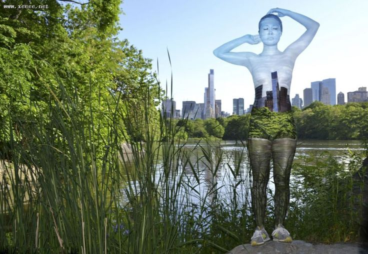 Impressive body paint blends models into new york city backgrounds
