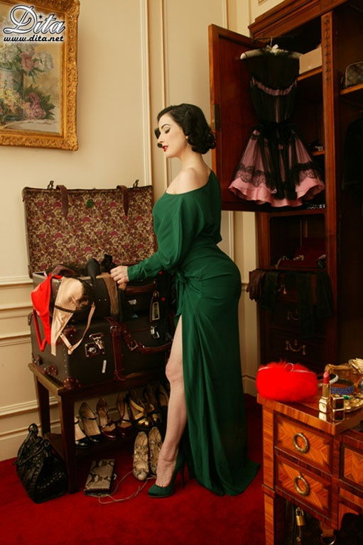 Dita von teese house instyle