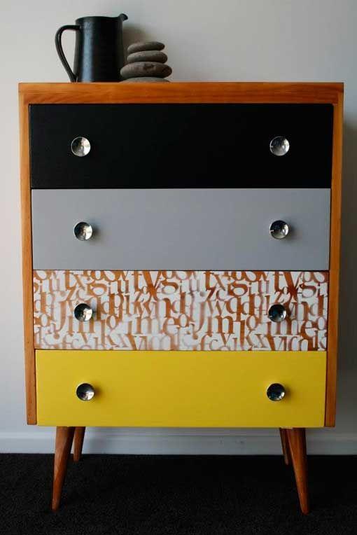 M s de 1000 ideas sobre mesas pintadas en pinterest muebles pintados tableros de mesa - Comodas pintadas ...