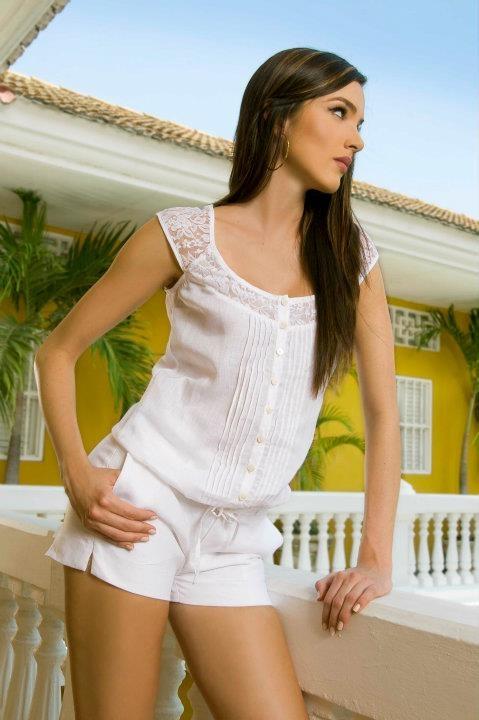Blanco en The Color Wear Más