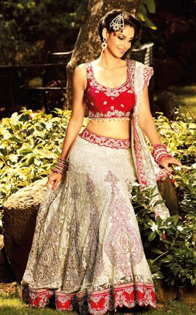 It is beautiful Panetar lehenga, which has silver gold zardozi embroidery on both Lehenga and top.