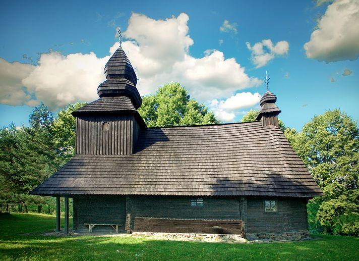 SE Slovakia - Greek Catholic wooden Church of the relics of St. Nicholas the Bishop (Chrám Prenesenia ostatkov sv. Mikuláša – biskupa). Baroque and Rococo