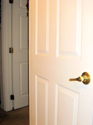 Four Steps to Painting a Metal Door like a Pro  .http://porkycow.com/four-steps-to-painting-a-metal-door-like-a-pro/
