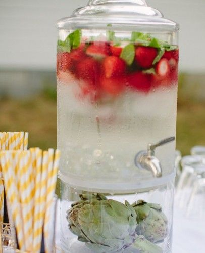 2 - água aromatizada - morangos