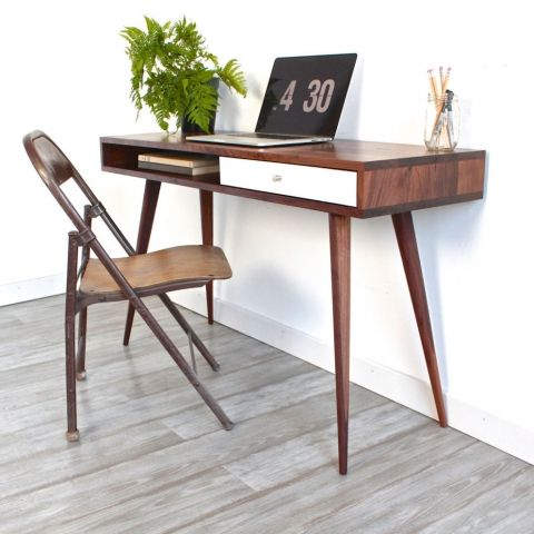 Build a Mid-Century Modern Desk inspired by Dot and Bo @Remodelaholic  #buildingplan #diy