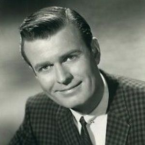 Stephen Michael Dunne (January 13, 1918-September 2, 1977) Northampton, Mass. was an American actor, radio personality and disc jockey. He was active on television and in films from 1945 to 1973 and was also credited as Steve Dunn, Michael Dunne, Stephan Dunne, and Steve Dunne.