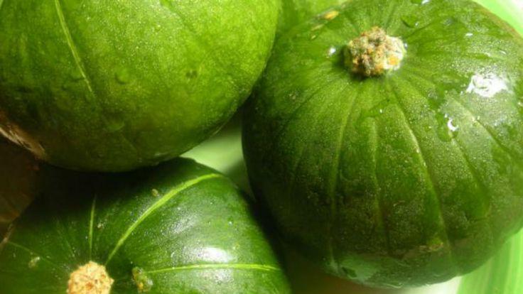 Tarta de zapallitos light Fácil y económica, con aporte de vegetales y pocas calorías. 8 porciones Ingredientes 1 sola tapa…Leer...
