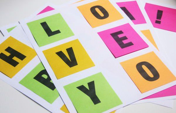 Fully Printed Post-It Wall Messages