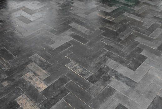 herringbone rubber floor  JOOST-FLOOR via the design files    One of many many many pics of Joost Bakker's Sydney Greenhouse!