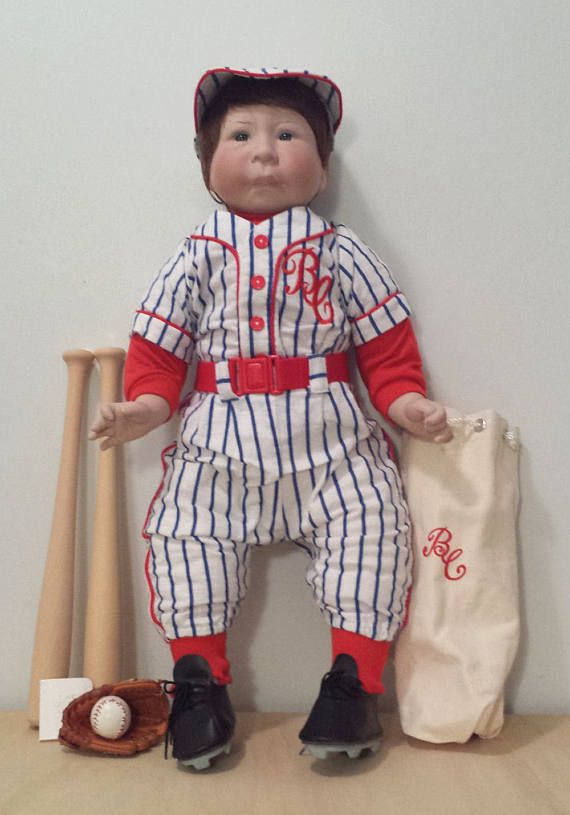 Lee Middleton Bubba Chubbs Batboy Limited Edition, like new with Certificate of Authenticity and Box, collectible vinyl doll. For Sale by DanushasCollectibles vintage Etsy shop.