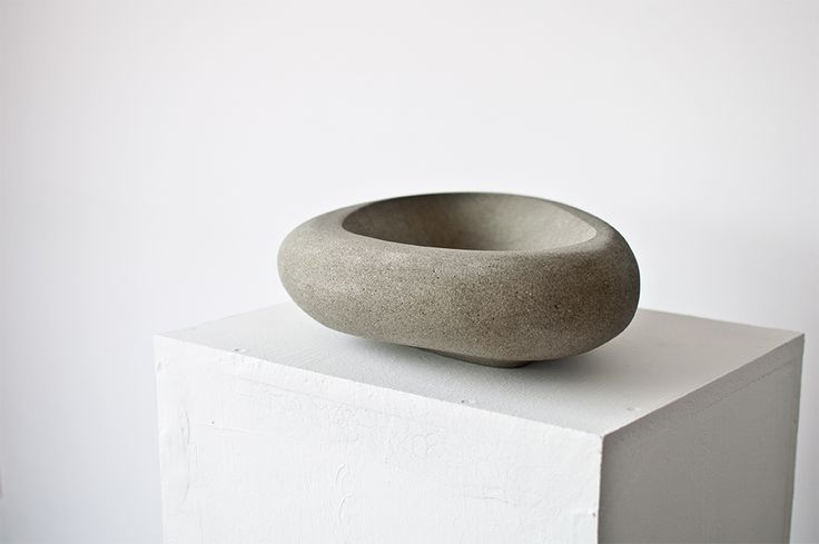 Hand made sandstone bowl no.005 Dimentions: 35x25x09 cm, weight:7,6 kg.