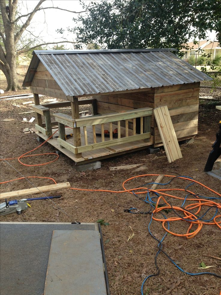 Huge Dog House W Metal Roof Made Of Pallets And Crates