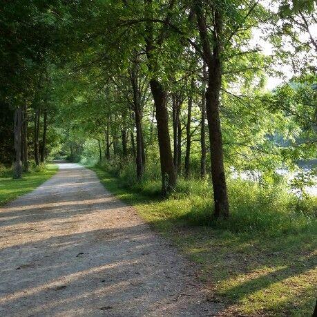 Walking trail Guelph , Canada
