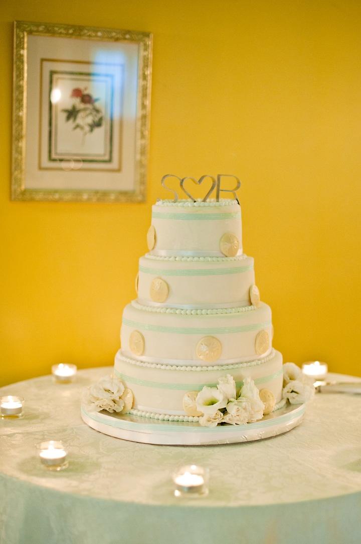 63 best wedding cakes images on Pinterest   Cake wedding ...