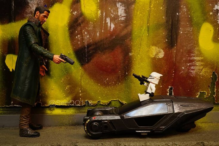 Year: 2049. Location: A graffiti-filled laneway in Melbourne Australia. Scenario: A Mexican standoff between Clone Trooper and Blade Runner K. Who will come out 'alive'? Blade Runner K and Spinner courtesy of the artist formerly known as #kranky. #legophotography #lego #legoclonetrooper #legostarwars #legominifigures #afol #starwars #clonetrooper #bladerunner #bladerunner2049 #k #bladerunnerk #spinner #toy #toyphotography #mexicanstandoff