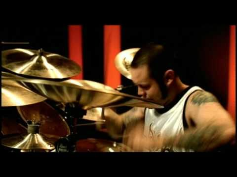 Going back in time: Limp Bizkit - Chocolate Starfish & The Hot Dog Flavored Water - My Way - http://youtu.be/Dn8vzTsnPps