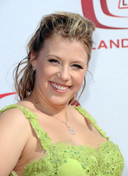 Jodie Sweetin debuted as Full House ' s Stephanie Tanner at age 5, and soon became known for the catchphrase, ' How rude! Description from thefemalecelebrity.info. I searched for this on bing.com/images