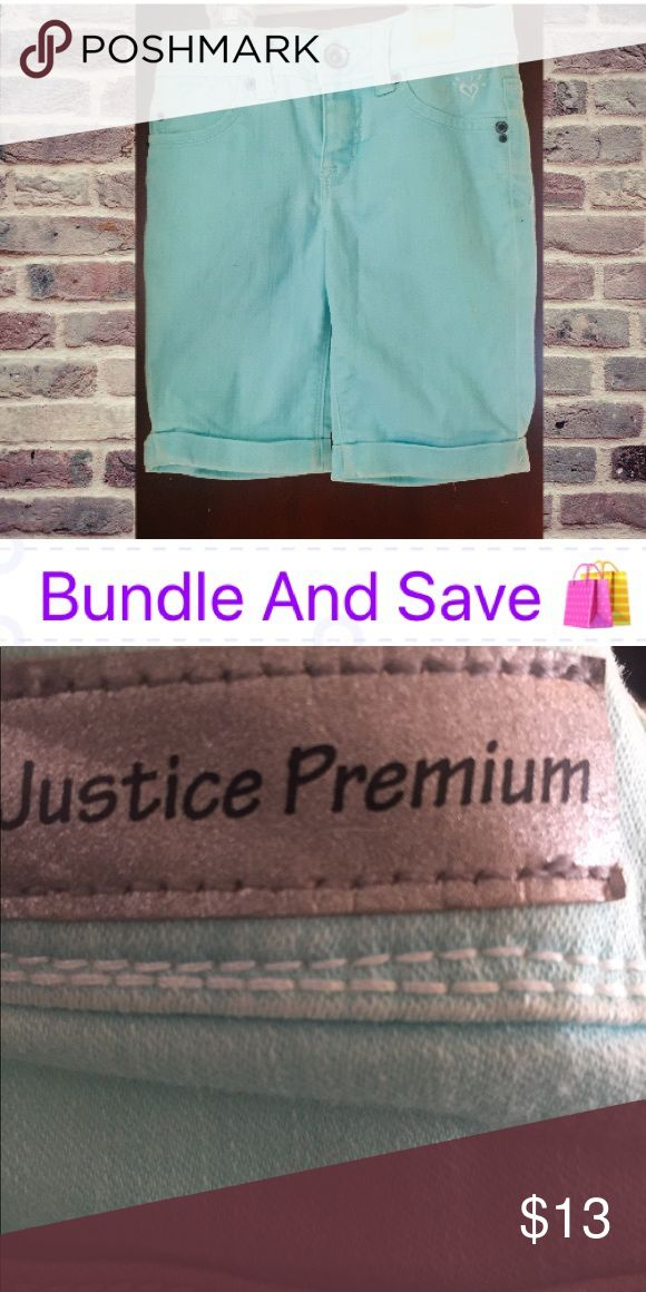 Girls Like New Mint Green Shorts The photo does not do the color justice. It is a beautiful mint green. This is a Justice Premium Jean. I'm not sure if she wore this more then once before outgrowing it. We are a pet free and smoke free home Justice Bottoms Shorts