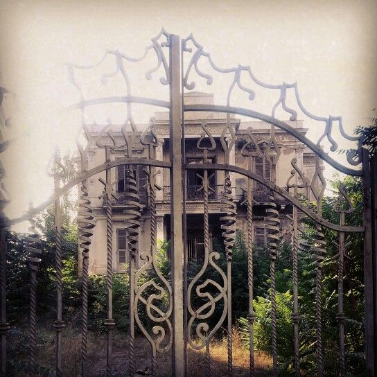 #mansion #abandon  Salem Mansion - Thessaloniki  Vasilissis Olgas 20