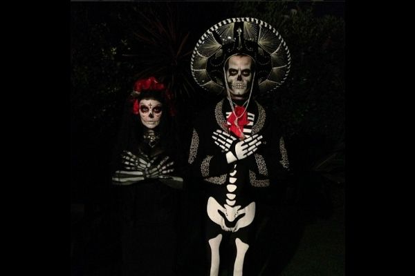 Halloween 2013! Confira famosos que já se fantasiaram para este Dia das Bruxas http://glo.bo/16NAQv0