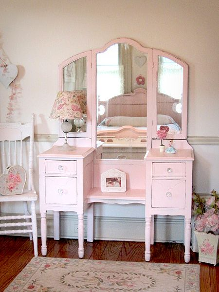 Sweet Pink Antique Vanity with Tri-fold Mirror