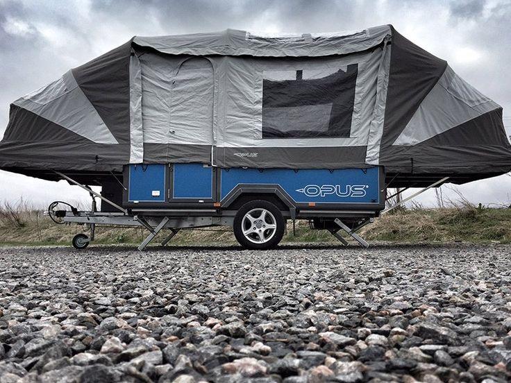 İngiliz tasarım firması Opus, uzun yıllardır kampçılar için yenilikler tasarlayan bir firma. Bundan bir kaç yıl önce ürettiği römork görünümlü çadırın yepyeni teknolojilerle geliştirerek şimdi ki halini almasını sağladı.