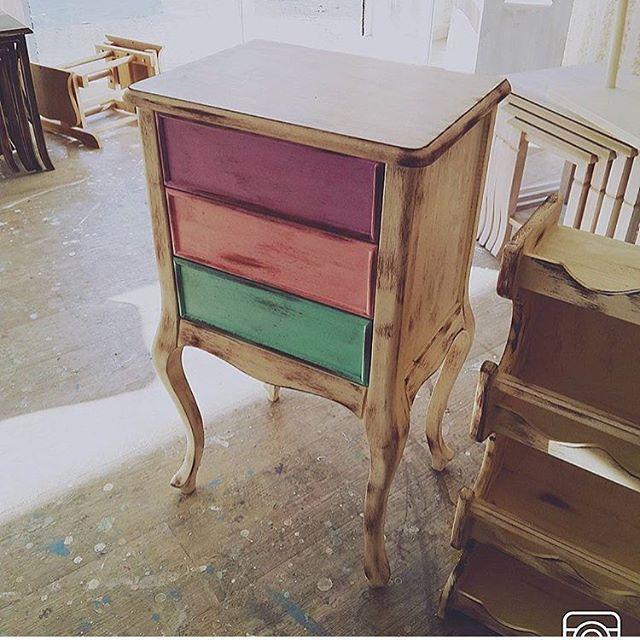 #koltuk#sandalye#masa#sehpa#zigon#dresuar#konsol#komot#askılık#ayna#avize#berjer#jozefin#puf#desing#vitrin#homdesing#dekorasyon#lamba#tvünitesi#mobilya#istanbul#masko#modoko#ankaramobilya#etejer#komidin#ayna#kapitone#mobilya#vintage#furniture