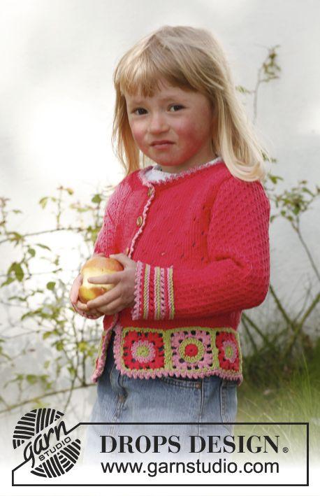 Sweet berry cardigan / DROPS Children 23-50 - Gestrickte DROPS Jacke in Safran mit Häkelquadraten am unteren Rand. Größe 3 bis 12 Jahre.