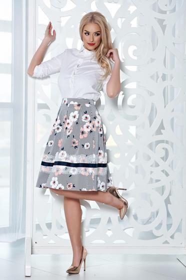 Fusta midi in clos LaDonna piersica cu imprimeu floral - http://hainesic.ro/fuste/fusta-midi-in-clos-ladonna-piersica-cu-imprimeu-floral-aa5b6602e-starshinersro/